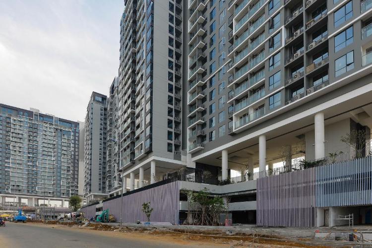 Bán căn hộ One Verandah 2 phòng ngủ, tầng thấp, diện tích 80m2, nội thất cơ bản