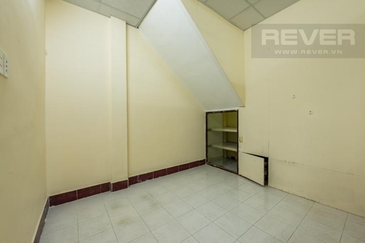 Phòng ngủ 4 Cho thuê nhà đường Phạm Ngũ Lão, 2 tầng, diện tích rộng rãi