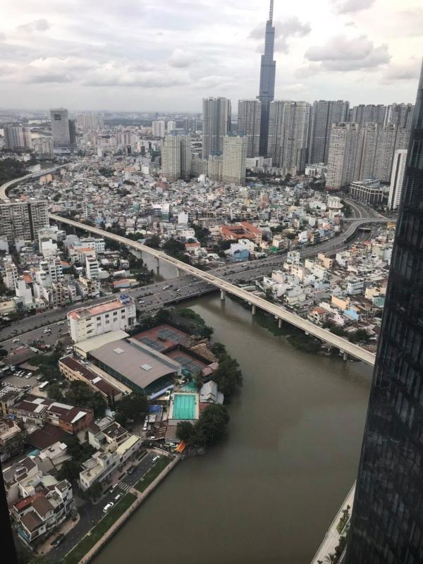 7 Cho thuê căn hộ Vinhomes Golden River 2PN, tầng cao, đầy đủ nội thất, view sông và Landmark 81