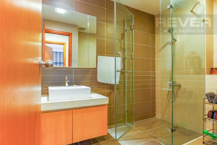 Phòng Tắm 2 Căn hộ Sunrise City tầng trung V2 thiết kế 2 phòng ngủ hiện đại