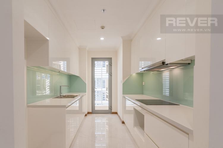 Nhà bếp Căn góc Vinhomes Central Park tầng trung L2 nội thất cơ bản, view sông