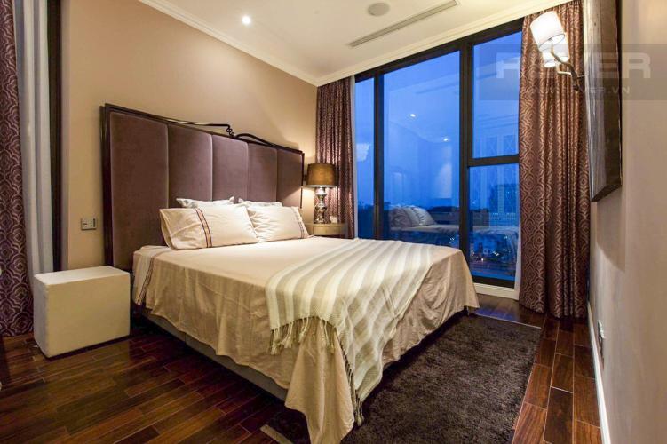 Phòng Ngủ 1 Bán căn hộ Vinhomes Golden River 2PN, tháp The Aqua 3, đầy đủ nội thất, hướng Đông Nam, view mé sông