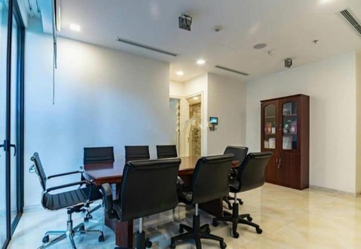 phòng làm việc Căn hộ Officetel Vinhomes Golden River nội thất đầy đủ.