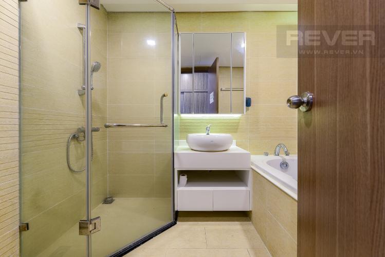 phòng tắm 1 Căn góc Vinhomes Central Park tầng thấp Park 1 view toàn cảnh sông Sài Gòn