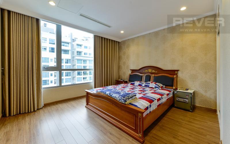 Phòng ngủ 1 Căn hộ The Central Vinhomes Central Park tầng cao hướng Đông Bắc tháp C1