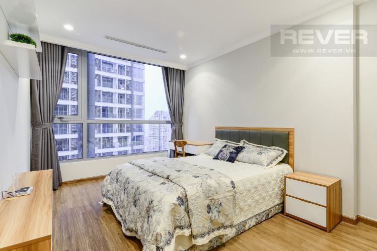 Phòng Ngủ 1 Cho thuê căn hộ Vinhomes Central Park tầng cao, 2PN đầy đủ nội thất, tiện nghi, view nội khu