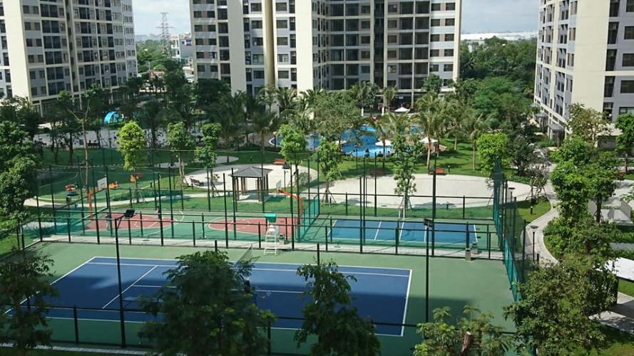 Sân tennis căn hộ Vinhomes Grand Park Căn hộ Vinhomes Grand Park, tiện ích đa dạng, nội thất cơ bản.