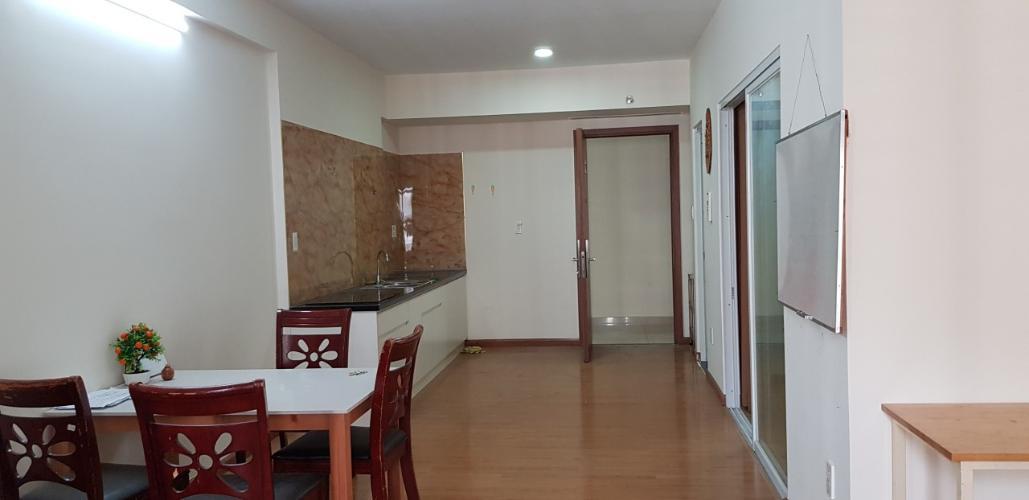 Phòng khách căn hộ Flora Fuji, Quận 9 Căn hộ tầng cao chung cư Flora Fuji ban công hướng Nam, view mát mẻ.