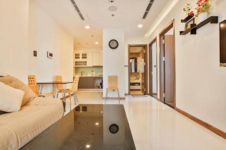 Cho thuê căn hộ Vinhomes Central Park 2PN, tầng 39, tháp Park 6, đầy đủ nội thất, hướng Đông Nam