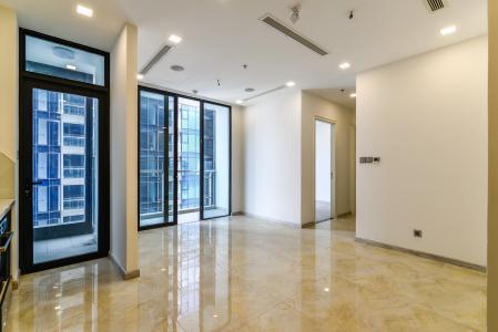 Cho thuê căn hộ Vinhomes Golden River tầng cao, 2PN, view đẹp, đa tiện ích