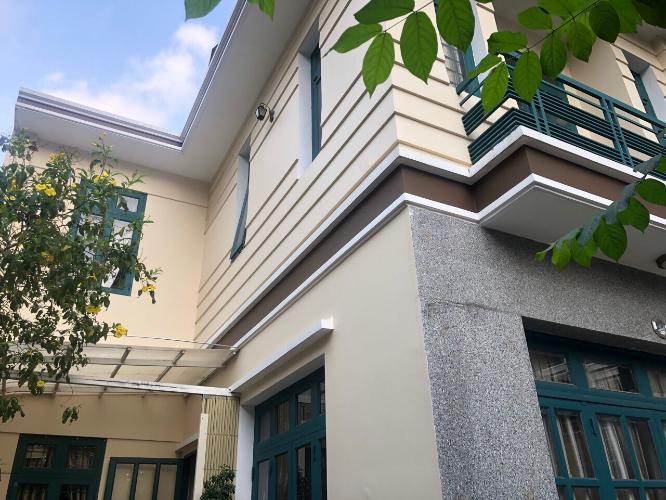 Nhà phố Bình Thạnh hướng Tây Nam diện tích 7m x14m, nội thất cơ bản.