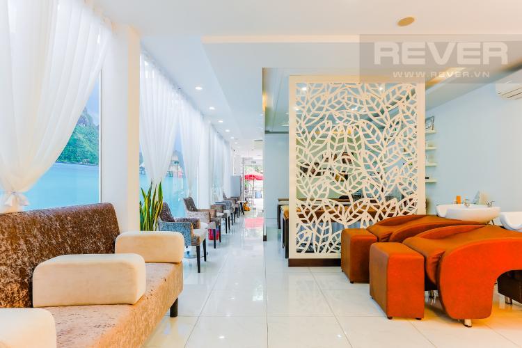 Phòng Khách Tòa nhà kinh doanh đường Lâm Văn Bền hướng Đông diện tích 440m2