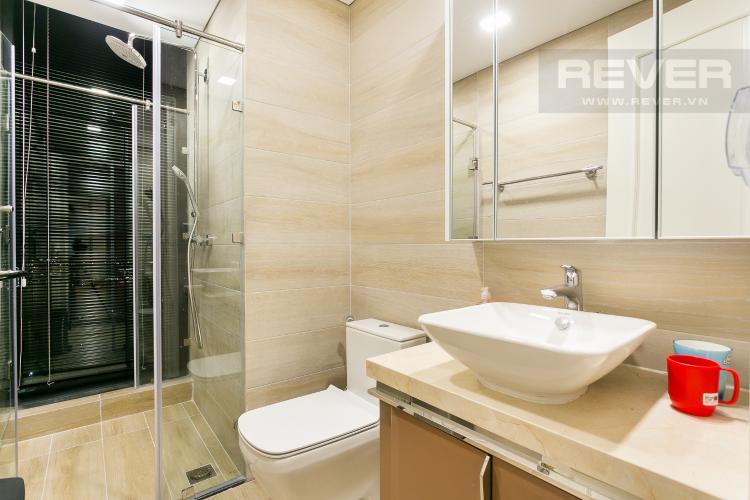 Phòng Tắm 3 Bán hoặc cho thuê căn hộ Vinhomes Golden River 3PN, tầng cao, đầy đủ nội thất, view sông Sài Gòn và Thủ Thiêm