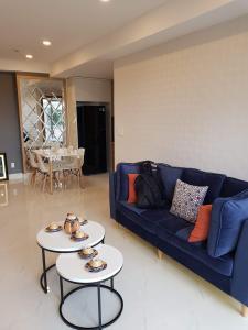 Căn hộ Happy Residence nội thất đầy đủ, ban công rộng rãi.