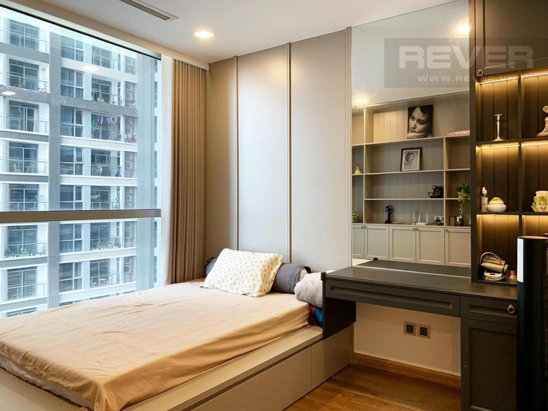Phòng ngủ Bán căn hộ Vinhomes Central Park 4PN, tháp Park 4, đầy đủ nội thất sang trọng, view sông và công viên mát mẻ