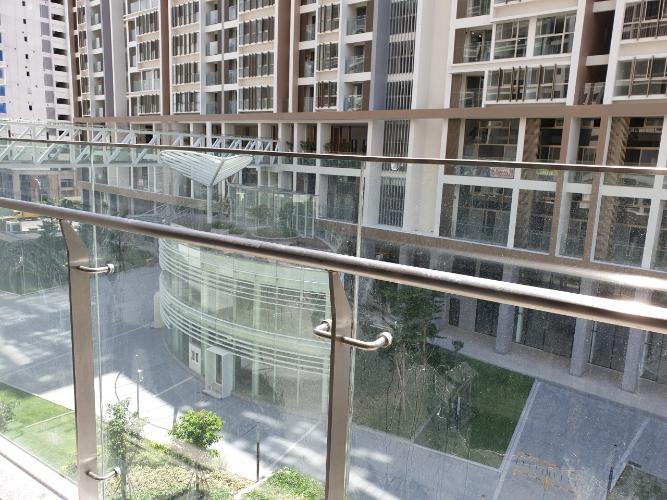 view nhìn ra phía ngoài căn hộ midtown Căn hộ Shophouse Phú Mỹ Hưng Midtown diện tích 41.51m2
