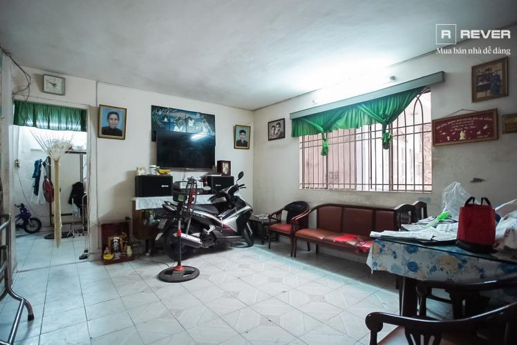 Phòng khách nhà phố Phú Nhuận Bán nhà mặt tiền đường Phan Đăng Lưu, Phú Nhuận, hướng Đông Bắc, cách công viên Phú Nhuận 70m