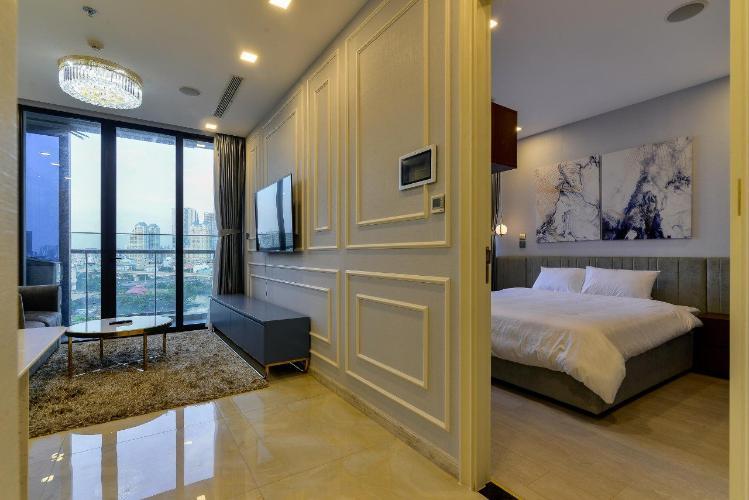 Không gian căn hộ Vinhomes Golden River Căn hộ Vinhomes Golden River tầng thấp đầy đủ nội thất tiện nghi.