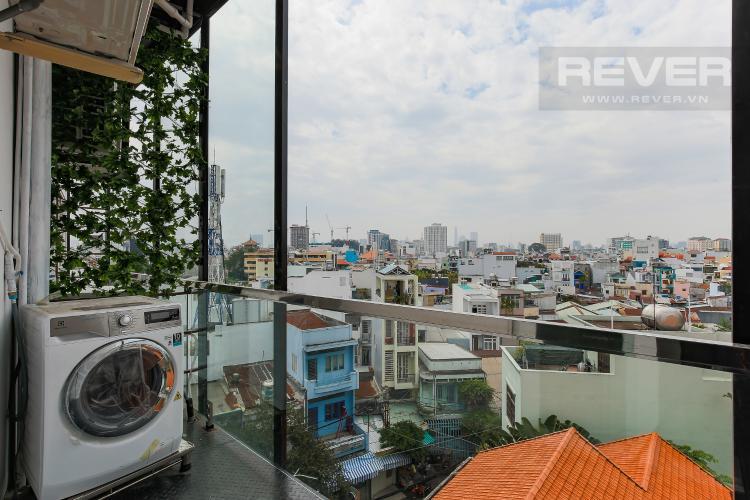 Balcony Căn hộ dịch vụ 1 phòng ngủ đường Trần Quang Diệu đầy đủ tiện nghi