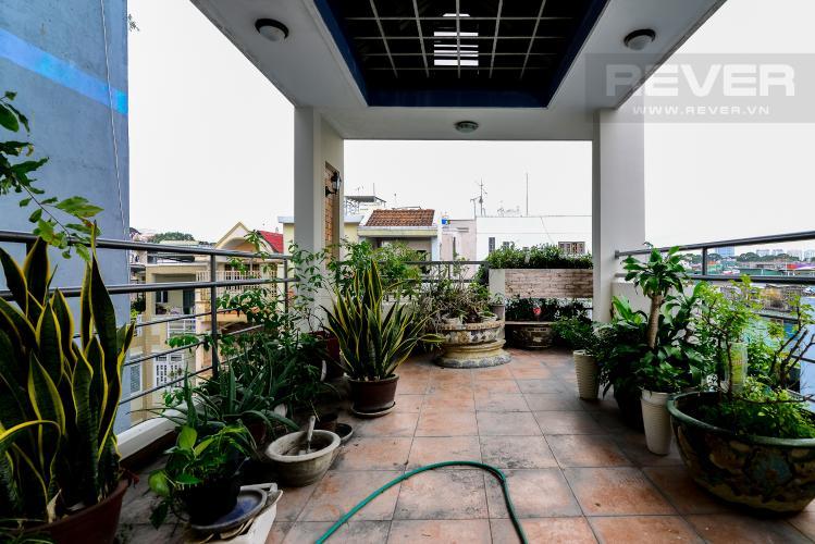 Sân Thượng Cho thuê nhà phố hẻm Nguyễn Thiện Thuật, 2 tầng, 5 phòng ngủ, cách Ngã 6 Lý Thái Tổ 700m