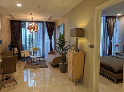 Bán căn hộ Vinhomes Golden River 1 phòng ngủ, tầng cao view đẹp, diện tích 49.5m2