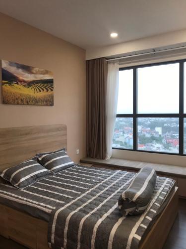 phòng ngủ căn hộ  2 phòng ngủ the sun avenue Căn hộ The Sun Avenue tầng trung, nội thất đầy đủ.
