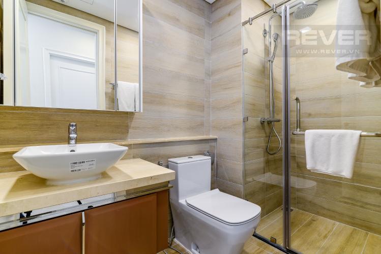 Phòng Tắm 1 Căn hộ Vinhomes Golden River tầng cao, 2PN 1WC, nội thất đầy đủ, view sông