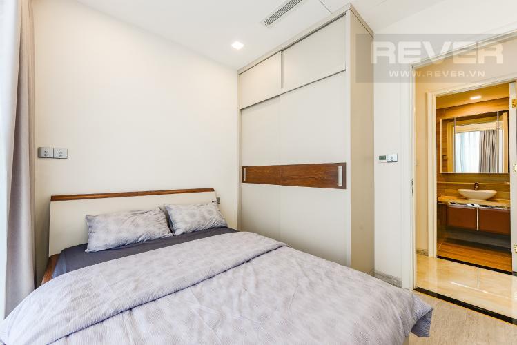 Phòng ngủ 2 Căn hộ Vinhomes Golden River tầng thấp tòa Aqua 4, 73,3m2, 2 phòng ngủ, full nội thất