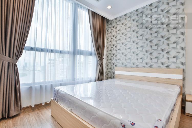 Phòng Ngủ 2 Căn hộ Vinhomes Central Park tầng cao C2 view về trung tâm thành phố