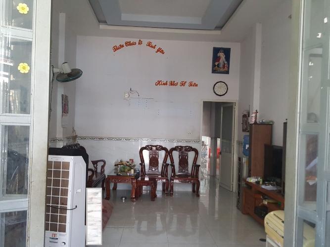 Bên trong nhà phố Phạm Quý Thích, Tân Phú Nhà phố hẻm xe hới hướng Đông, gần ngay chợ Tân Hương.