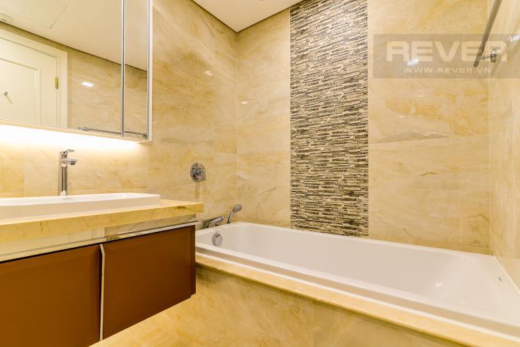 Phòng Tắm 2 Căn hộ Vinhomes Golden River 4 phòng ngủ tầng cao A3 hướng Tây Bắc