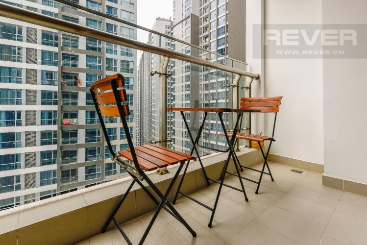 Bancony Căn hộ Vinhomes Central Park 2 phòng ngủ tầng cao P5 view sông