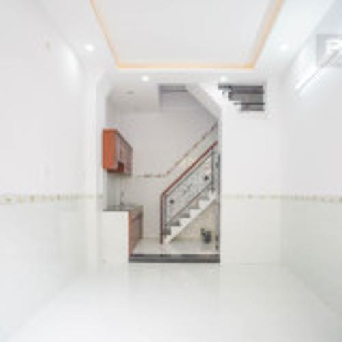 Bán nhà phố 2 tầng hẻm Ba Đình, Quận 8, nội thất cơ bản, cách đường Phạm Hùng 700m