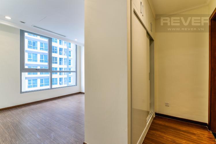 Phòng Ngủ 1 Căn hộ Vinhomes Central Park 2 phòng ngủ tầng cao L5 view hướng Tây Bắc
