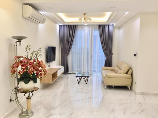 Phòng khách căn hộ Midtown Căn hộ Phú Mỹ Hưng Midtown nội thất cơ bản, ban công hướng Tây Bắc.