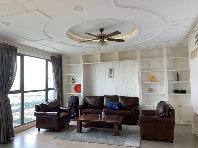 Bán căn hộ tầng cao Riviera Point 3 phòng ngủ diện tích 148m2, nội thất cơ bản