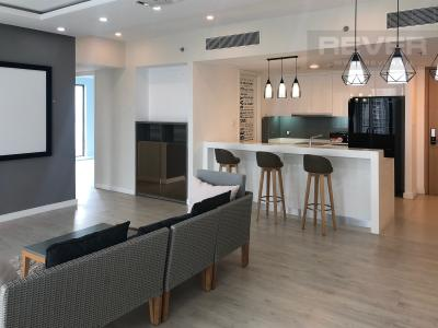 Bán căn hộ Gateway Thảo Điền 4PN, tầng trung, đầy đủ nội thất, view Xa lộ Hà Nội và Landmark 81