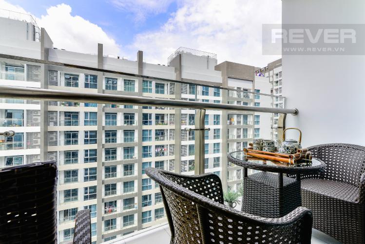 Balcony Căn hộ Vinhomes Central Park 2 phòng ngủ tầng cao P4 view sông