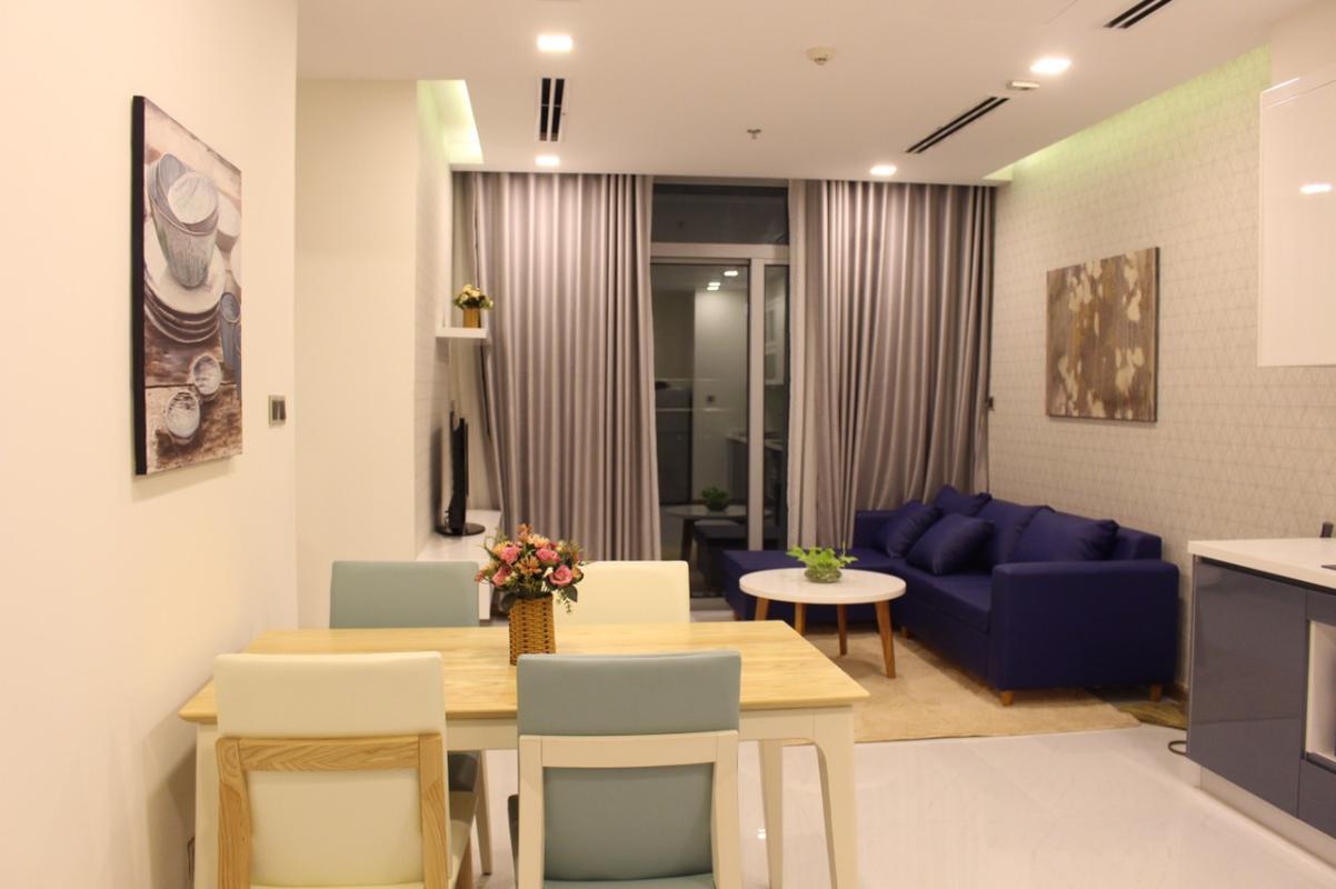 43242423 Cho thuê căn hộ Vinhomes Central Park 2PN, tháp Park 1, đầy đủ nội thất, view nội khu