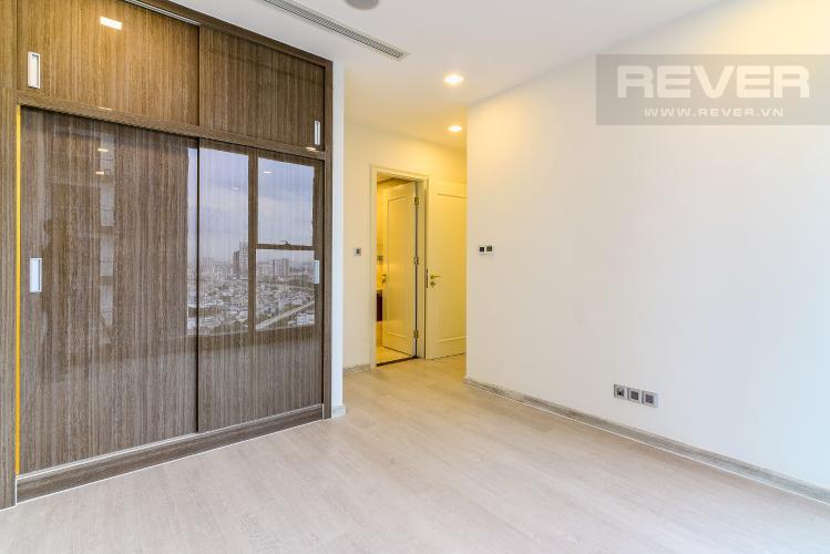 Phòng Ngủ 1 Căn hộ Vinhomes Golden River 2 phòng ngủ tầng cao A3 hướng Đông Bắc