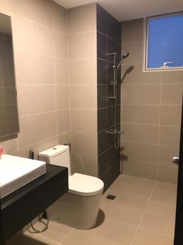 Toilet căn hộ SUNRISE RIVERSIDE Bán căn hộ Sunrise Riverside 3 phòng ngủ thuộc tầng thấp, diện tích 83.15m2