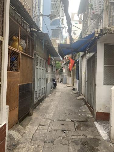 Hẻm nhà phố Nguyễn Thượng Hiền, Quận 3 Nhà phố trung tâm quận 3, hẻm 4.5m , hướng Đông Bắc.