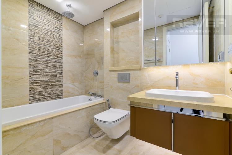 Phòng Tắm 2 Bán căn hộ Vinhomes Golden River 2PN, tháp The Aqua 1, đầy đủ nội thất, view trực diện sông Sài Gòn
