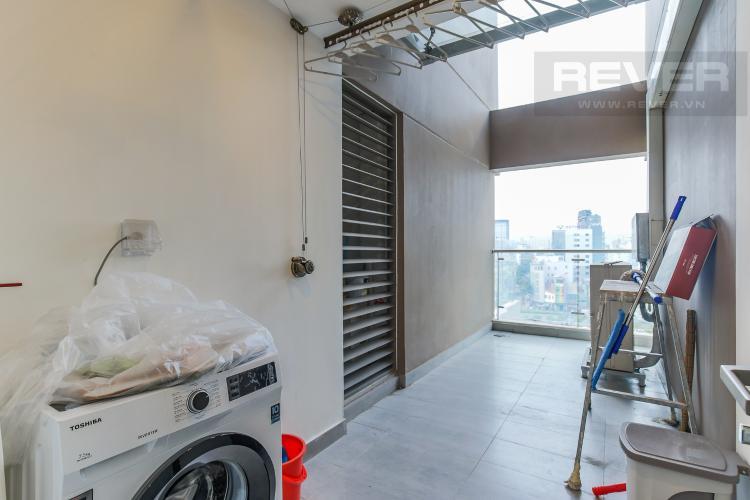 Logia Cho thuê căn hộ Masteri Millennium 3PN, diện tích 107m2, đầy đủ nội thất, view Bitexco
