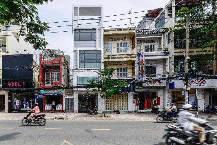 Nhà phố mặt tiền đường Lê Văn Sỹ Quận 3 tiện kinh doanh