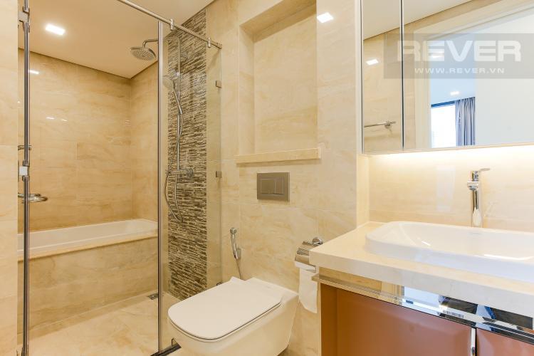 Phòng Tắm 1 Officetel Vinhomes Golden River 2 phòng ngủ tầng cao A3 đầy đủ nội thất