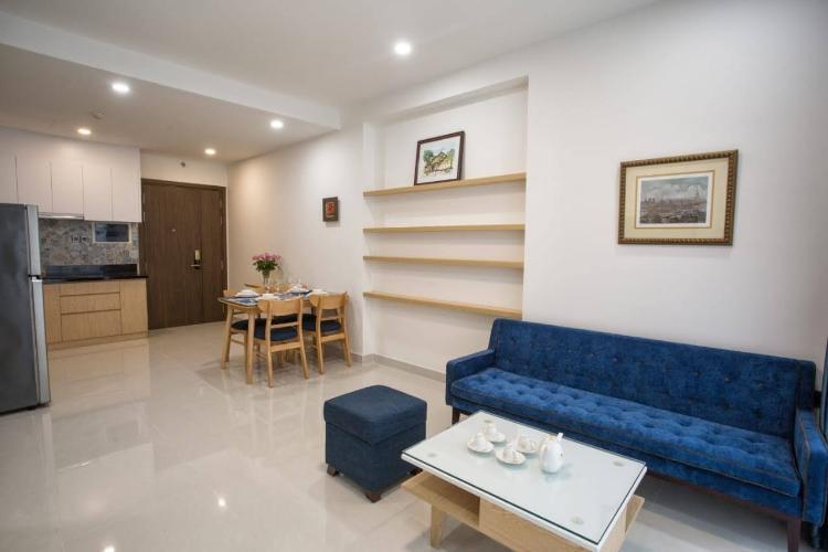 Nội thất căn hộ Saigon Royal Căn hộ Saigon Royal tầng cao, view nội khu nhìn ra hướng hồ bơi.