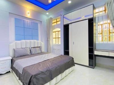Cho thuê căn hộ dịch vụ đường Ba tháng Hai, Quận 10, diện tích 35m2, đầy đủ nội thất