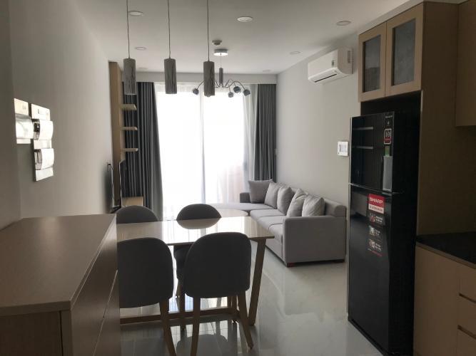 Phòng khách căn hộ Kingston Residence Căn hộ Kingston Residence tầng 10 hướng Bắc, nội thất đầy đủ.