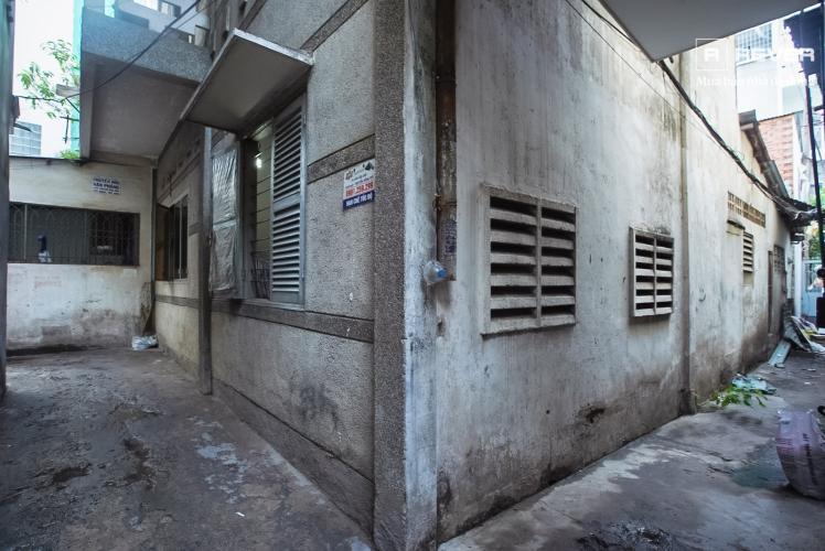 Sân sau nhà phố Phú Nhuận Bán nhà mặt tiền đường Phan Đăng Lưu, Phú Nhuận, hướng Đông Bắc, cách công viên Phú Nhuận 70m
